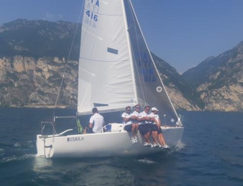 Riva del Garda : La Marina Militare con La Superba vince il Campionato italiano J24