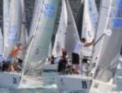 Tutti gli aggiornamenti, le classifiche, i video e le foto sulla pagina Facebook J24 World Championship. All updates, rankings, videos and photos on the J24 World Championship Facebook page.